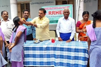 RRHEDS Conducted Health Awareness Camp to School Childrens